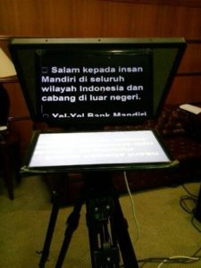 teleprompter-video-baca-depan